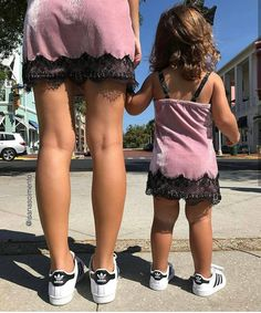 Fresh Outfits, Girl Outfits, Fashion Outfits, Love Fashion, Kids Fashion, Fashion Men, Mommy Style, Fashion Articles, Mom Daughter
