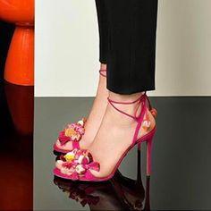 dress stylous !!!!! #fashion #shoes #top #style #aquazurra