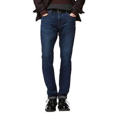 These innovative winter jeans are made with warm Heattech denim with a plush, cozy lining. They feature a slim fit with a tapered leg, and they stretch for comfort and ease of movement. Your mobile phone fits in the hidden front left pocket.