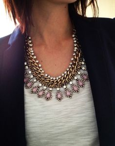 I normally am not one to wear jewelry like this, but I really like this statement necklace!