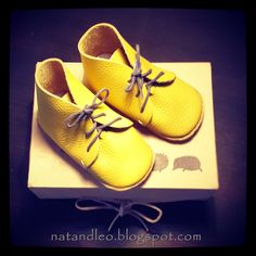Nat&Leo: First Baby Shoes