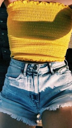 25 Yellow Outfits To Wear Asap #Yellow Outfits