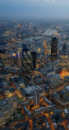 London evening skyline