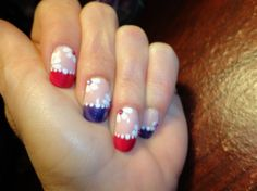 Pretty Flowers - Nail Art Gallery by NAILS Magazine