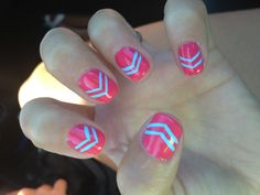 Shelac Chevron nails!