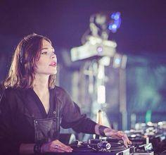 >>> www.ausdjforums.com <<< Forums for DJs & Music Producers