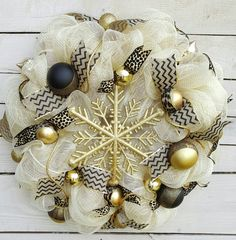 Check out this item in my Etsy shop https://www.etsy.com/listing/494847439/christmas-wreath-cream-wreath-gold-and