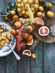 citrus cake over at Herriott Grace, photos and styling by Michael Graydon + Nikole Herriott. Food Photography Styling, Food Styling, Healthy Cooking, Healthy Recipes, Healthy Eating, Citrus Cake, Good Food, Yummy Food, Gula