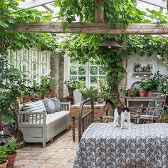 Garden Oasis, Garden Cottage, Home And Garden, Zen Garden Design, Garden Design Plans, Outdoor Rooms, Outdoor Living, Outdoor Decor, Home Greenhouse
