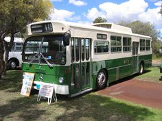 MTT bus from the 1980s, Perth