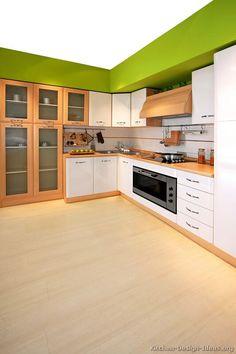 Modern Two-Tone Kitchen Cabinets #07 (Kitchen-Design-Ideas.org)