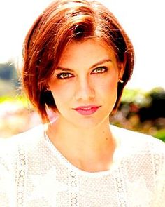 Pictures of Lauren Cohan, Picture Lauren Cohan (born January is an American-born English actress, best known for her role as Maggie Greene in The Walking Dead, and her recurring roles on The Vampire Diaries, Supernatural and Chuck. Short Choppy Haircuts, Inverted Bob Hairstyles, Popular Short Hairstyles, Hair Styles 2016, Medium Hair Styles, Curly Hair Styles, Lauren Cohan, Short Grey Hair, Short Hair Cuts