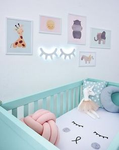Cores para Quarto de Bebê: 48 Ideias, Fotos e Inspirações by leah Nursery Bookshelf, Nursery Wall Decor, Nursery Design, Baby Room Decor, Nursery Room, Girl Nursery, Girl Room, Bedroom Decor, Bookshelf Ideas