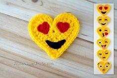 Heart Eyes Crochet Emoji, Free Crochet Pattern, Valentine's Day - GoldenLucyCrafts