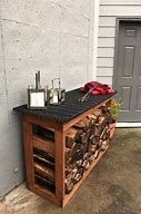 You want to build a outdoor firewood rack? Here is a some firewood storage and creative firewood rack ideas for outdoors. Lots of great building tutorials and DIY-friendly inspirations! Wood Storage Rack, Pallet Storage, Lumber Storage, Built In Storage, Outdoor Storage, Kitchen Storage, Storage Baskets, Indoor Firewood Rack, Firewood Holder