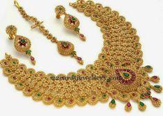 Jewellery Designs: Uncut Floral Choker and Tikka
