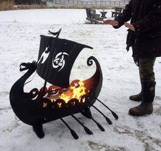 fabriquer un barbecue en forme de galère pour épicer la déco extérieure