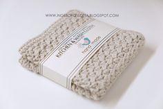 etikett, virkad disktrasa, mönster disktrasa, kökstrasa, washcloth crocheted, washcloth pattern, crochet, cotton yarn, katia, bomullagarn, tiskirätti virkattu, virkattu, tiskirätti ohje Crochet Home, Knit Crochet, Crochet Projects, Craft Projects, Crochet Ideas, Stick O, Crochet Potholders, Textiles, Drops Design
