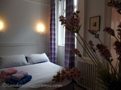 Double bed in master bedroom Furnished Apartments, Double Beds, Bloomsbury, One Bedroom, London, Furniture, Home Decor, Full Beds, Decoration Home