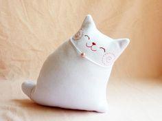kitty pillow!!!