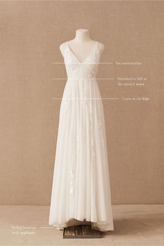 Wedding Bridesmaid Dresses, Dream Wedding Dresses, Wedding Gowns, Bridal Outfits, Bridal Dresses, Flower Girl Dresses, Boho Wedding Dress With Sleeves, One Shoulder Wedding Dress, Staubige Rose