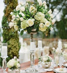 15 Stunning Ways to Incorporate Hydrangeas into Your Wedding Centerpieces
