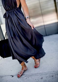 Navy blue maxi sleeveless dress with flat sandals .. Effortlessly Elegant Summer Outfit!