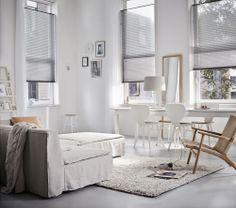 Plissegardiner er mulighedernes gardin. Vores nye kollektion er et overflødighedshorn af farvestrålende stoffer, forskellige transparentheder og spændende grafiske mønstre. Her er noget for enhver smag og ethvert hjem - også hvis du er til et de mere neutrale farver så finder du selvfølgelig også det i vores kollektion. #Luxaflex #gardin #gardiner #gardinergørenforskel #afskærmning #bolig #indretning #vinduer www.luxaflex.dk