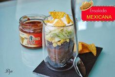 Sopa de Sopa : Ensalada Mexicana en vaso Nutribullet, Kitchen Appliances, Vase, Mexican Slaw, Mexican, Salads, Diy Kitchen Appliances, Home Appliances, Kitchen Gadgets