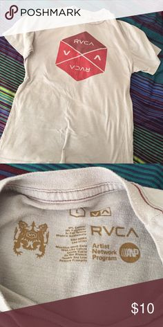 Men's RVCA T-Shirt Men's LARGE RVCA t-shirt, good condition, no stains or tears RVCA Shirts Tees - Short Sleeve