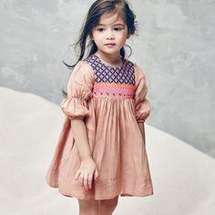nellystella_clover-dress_camelmodel.jpg 800×800 pixels