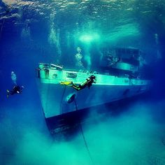 PIc of the USS Kittiwake wreck in Grand Cayman from d_phoebus on Instagram