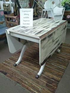 Wonderful $169   This Is A Vintage Duncan Phyfe Style Drop Leaf Table. It Has A