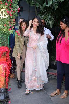 Pakistani Dresses, Indian Dresses, Indian Outfits, Indian Attire, Indian Wear, Ethnic Fashion, Indian Fashion, Pink Bridal Lehenga, Ethnic Trends