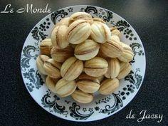 Susa. Diese kleinen gefüllten Eierkekse sind in Tunesien meine absoluten Lieblinge…