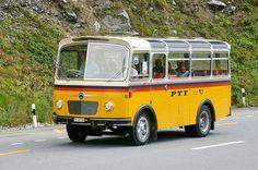 Saurer Postauto Chur, Classic Motors, Classic Cars, Post Bus, Mini Bus, Road Train, Bus Coach, Bus Conversion, Bus Driver