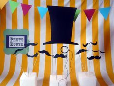 For a moustache party. Love the background and photo booth sign. Photo Booth Backdrop, Photo Props, Photobooth Idea, Photo Backdrops, Moustache Party, Mustache Cake, Mustache Theme, Photos Booth, Diy Party