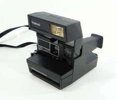 Vintage Polaroid Land Camera   i want this soooo badly!!!