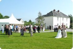 Country House wedding venue in Kilkenny self catering cottages and Wedding Venue on the grounds of an Irish Manor House, cottage accommodation to rent as vacation rentals in Kilkenny Ireland, Traumhafte Ferienhaus Irland, alquiler casas irlanda, irlande Country House Wedding Venues, Self Catering Cottages, Farm Cottage, Marquee Wedding, Dolores Park, Vacation, Travel, Ireland, Vacations