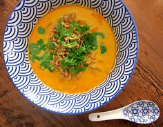 Coconut - curry soup  http://www.maku.fi/blogit/52-weeks-deliciousness/kookos-currykeitto
