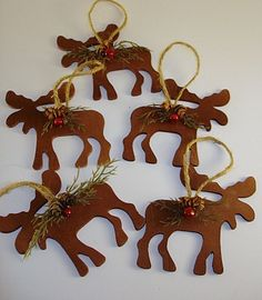Hand painted barn board Moose decor | My Completed Projects ...