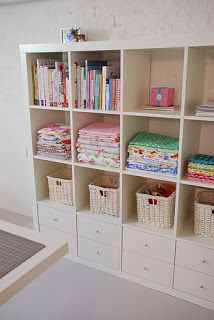 Like bottom drawers Fabric Storage, Craft Room Storage, Craft Rooms, Toy Storage, Storage Area, Spare Room Storage Ideas, Craft Shelves, Craft Cabinet, Sewing Room Storage