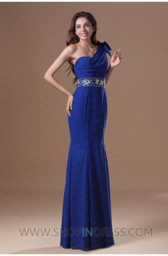 Beautiful one shoulder with accented waistline, very sexy evening gown.