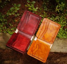Simple, bifold wallet. Perfect.