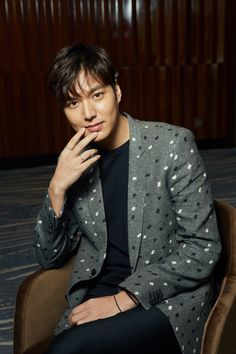 The Imaginary World of Monika: Lee Min Ho - Interview with SINA IN Beijing, China - 28.04.2016