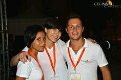 Maria Rosini, responsabile palchi, tra le magliette bianche dell'Istituto Marco Polo di Cecina