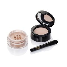 A Primer and Pigment duo formulated to create Longwear Foil finish eyeshadow effects!  Precious Metal Eyeshadow- Collins Ave. Ciaté London