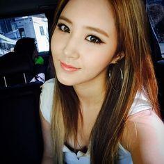 Girls' Generation's Yuri looks absolutely gorgeous in comeback countdown selca Sooyoung, Yoona, Kim Hyoyeon, Snsd, Kpop Girl Groups, Korean Girl Groups, Kpop Girls, Seulgi, Nayeon