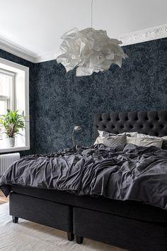 Twining Vines, Navy, Create a harmonious bedroom with Twining Vines. # the bedroom wallpaper Blue Bedroom, Bedroom Colors, Diy Bedroom Decor, Home Decor, Modern Bedroom Design, Home Interior Design, Beautiful Bedrooms, Bedroom Wallpaper, Control Panel
