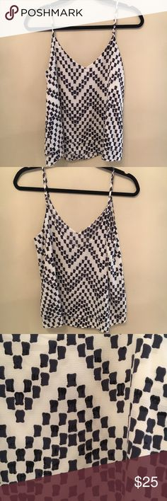 Veronica M Flowy Top Black white and grey patterned. Awesome top and in great condition. no pulls. Flowy Veronica M Tops Camisoles